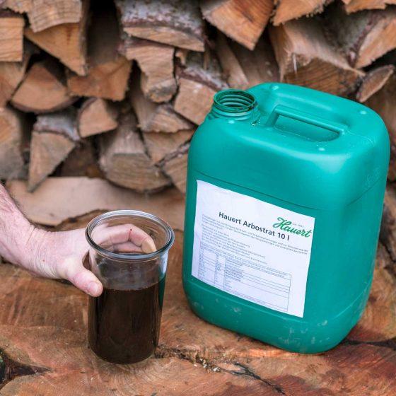 Arbostrat Flüssigdünger im 10 Liter Kanister